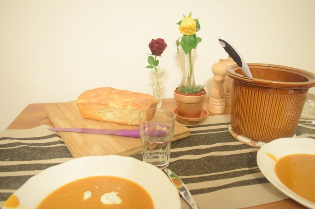Butternut Squash Crockpot Soup & Easy, Homemade Bread - TheCraftyMann.Blogspot.Ca