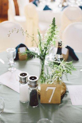 DIY Wedding Flowers - JanessaMann.com
