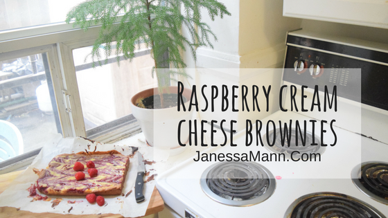 Raspberry Cream Cheese Brownies - JanessaMann.Com